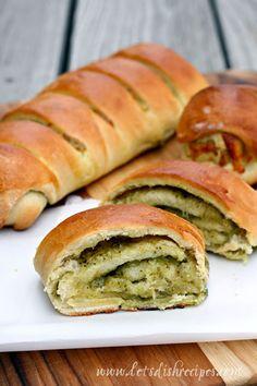 Cheesy Pesto Pull-Apart Loaf