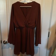 Dress Silk s/m V neck dress with big sleeves. Absolutely comfortable! Dark copper color.. Goes great with Black leggings Everly Dresses Mini