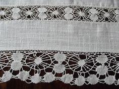 Off White kitchen curtain,  georgeous handmade lace,  Swedish vintage, Swedish linen