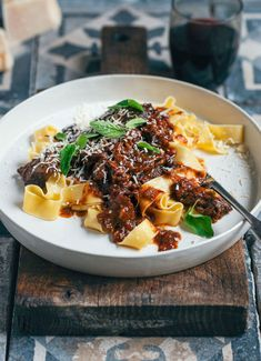 Slow-cooked, Italian Beef Cheek Ragú with Pappardelle | dish » Dish Magazine Slow Cooker Beef, Slow Cooker Recipes, Beef Recipes, Pasta Recipes, Oxtail Recipes, Pasta Sauces, Savoury Recipes, Savoury Dishes, Gastronomia