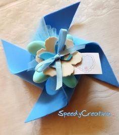 SpeedyCreativa bomboniere - Wedding İdees in 2019 Baby Crafts, Felt Crafts, Diy And Crafts, Crafts For Kids, Cadeau Communion, Moldes Para Baby Shower, Party Favors, Edible Wedding Favors, Favours