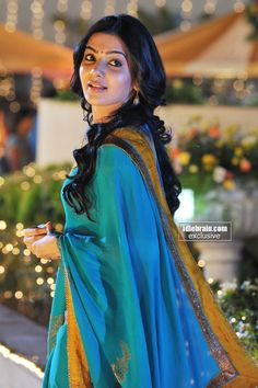 Lovely cute sweet Sammy in BLUE SAREE likes & 150 comments for our Sam Samantha In Saree, Samantha Ruth, Samantha Images, Indian Photoshoot, Babe, Blue Saree, Cinema Actress, Beautiful Bollywood Actress, Indian Beauty Saree