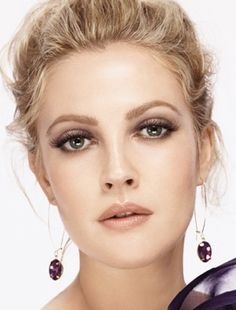 Drew Barrymore with nude lip, smoky eye. I think this is the prettiest she's ever looked.