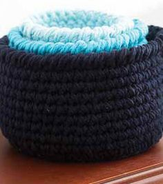 Need more storage? These round crocheted baskets might just be your answer! Free pattern