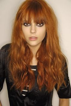 Hair red long strawberry blonde for 2019 Red Hair With Bangs, Long Red Hair, Brown Hair, Hairstyles With Bangs, Pretty Hairstyles, Men's Hairstyle, Formal Hairstyles, Wedding Hairstyles, Peinados Punk Rock