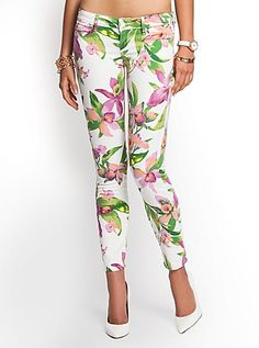Kate White Tropical Floral-Print Low-Rise Denim Leggings | GUESS.com