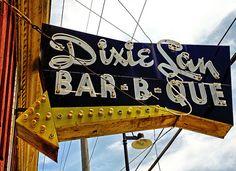 Dixie Lan sign in Kansas City, Missouri; photo by Bob Travaglione Zippertravel.com Digital Edition