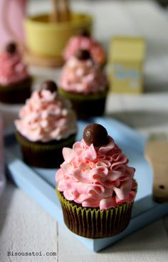 Devil Food Cupcakes ~I honestly don't care for most chocolate cakes but I do appreciate the culinary artistic display