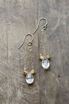一粒ピアス Quartz Earrings