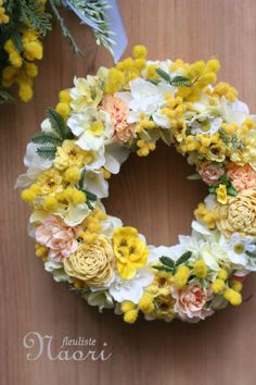 ミモザとローズのイエローリース Wreaths For Front Door, Door Wreaths, How To Make Wreaths, Crafts To Make, Japanese Floral Design, Sympathy Flowers, Flower Art, Art Flowers, Jewelry Crafts
