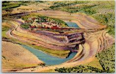 Santa-Rita-New-Mexico-Postcard-034-Chino-Open-Pit-Copper-Mine-034-Linen-c1940s-Unused