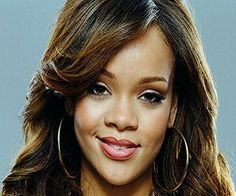 Rihanna Biography, Net worth and Height
