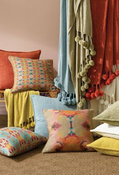 For everyday luxury, velvety chenille yarn in punchy hues highlights the undulations of the warp and weft weave of this sumptuous fabric. Living Room Green, Boho Living Room, Gold Decorative Pillows, Finials For Curtain Rods, Clearance Rugs, Pillow Sale, Rug Sale, Pet Gifts, Bed Pillows