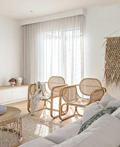 Une déco bohème autour du rotin | My Blog Deco Home Room Design, House Design, Boutique Deco, Deco Boheme, Australian Homes, Blog Deco, Coastal Homes, Soft Furnishings, Beach Cottages