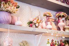 @nadiaretterfotografie blumenmädchenköln florist blumenladen flowershop decoration pastel rose glas