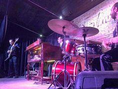 #hammondgrooves #organtrio #brazilian #music #souljazz #groove #funk #soul #lesliespeaker #hammondorgan #guitar #drums #hammondb3 #guitarra #bateria #show #sp #jazz #festival #ilhadetoquetoque #orangebird #musica #live #love #life #friends #boasenergias #comfortable #arts