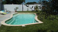 Piscine coque IBIZA modèle MOOREA - Concessionnaire PISCINE OXYGENE (JURA).Existe en deux dimensions : MOOREA 1 : 7.00 m X 3.80 m / Hauteur : 1.27 m - 1.68 m. MOOREA 2 : 8.00 m X 4.00 m / Hauteur : 1.22 m - 1.68 m. #Piscines #piscinescoques #coques #IBIZA #piscinesformes #piscineoxygene #piscinesjura #moorea #moorea1 #moorea2