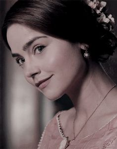 Vampy's vision of steampunk: decadence, dandies, & duels. Victoria Jenna Coleman, Victoria Pbs, Victoria Tv Show, Victoria 2016, Victoria Series, Queen Victoria, Girl Bye, The White Princess, The Hanged Man