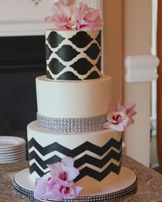 Browse photos of our modern decorated cakes and find the style just right for you. Elegant Wedding Cakes, Beautiful Wedding Cakes, Wedding Cake Designs, Beautiful Cakes, Dream Wedding, Cake Wedding, Amazing Cakes, Wedding Cake Inspiration, Wedding Ideas