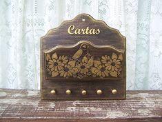 Porta Cartas e Chaves Pássaro e Flores                                                                                                                                                                                 Mais