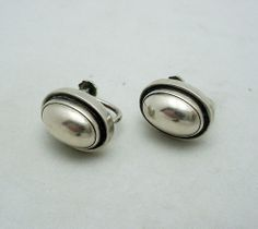 """GEORG JENSEN EARRINGS #86 B, STERLING SILVER. DESIGNED BY HARALD NIELSEN. SCREW BACK Can be converted to pierced for free Condition: fine vintage, preowned Year: after 1945 Size: 5/8"""" by 1/2"""""""