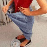 En hızlı zayıflama için eski yöntem... 3 haftada - 55 kilo! Geceleri...