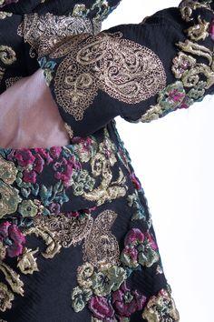 Estampado pasley Alex Vidal. Prêt à porter de lujo español.