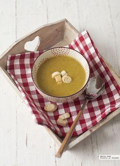 Las 15 mejores recetas de Thermomix según nuestros expertos A Food, Food And Drink, Queso Feta, Cooking Recipes, Healthy Recipes, Canapes, Soups, Bechamel, Gazpacho