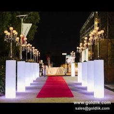 Red carpet / Grand entry / illuminated entrance Ideas Red carpet entry with Pillar of lights for the candle abras illuminating pathway and creating a decor ambiance 9987874663 Casino Theme Parties, Casino Party, Party Themes, Party Props, Wedding Furniture, Led Furniture, Shenzhen, Party Centerpieces, Wedding Decorations