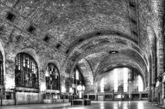 Buffalo Central Terminal (1929) Ceilings at the Buffalo Central Terminal were crafted in the Guastavino tradition. The most time-consuming aspect of the terminal's construction, the laying of the tiles was meticulously designed to improve the loud acoustics created in such a busy space. Photo: Neil Gates
