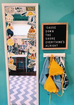 5 Astute Cool Tricks: Minimalist Bedroom Design Nooks minimalist interior home living room.Minimalist Living Room Tv Coffee Tables minimalist home interior tiny houses. Interior Design Minimalist, Minimalist Home Decor, Minimalist Bedroom, Minimalist Style, Minimalist Living, Minimalist Furniture, Minimalist Fireplace, Simple Interior, Minimalist Kitchen
