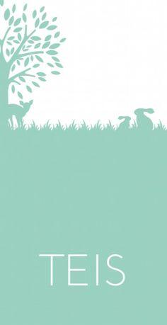 Modern strak geboortekaartje met een lieve uitstraling voor meisjes of jongens met een boom en dieren als een hertje en konijntjes in pastel mintgroen.