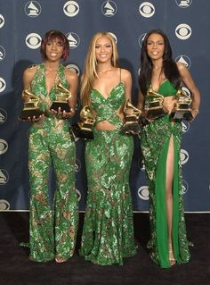 Destiny's Child poses backstage with their awards at the 43rd annual Grammy Awards February 21, 2001 at Staples Center in Los Angeles, CA. The group won an award for Best R&B Performance by a Duo or Group.