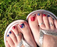 Pedicure nail art - of july red white & blue toe nails sassy shelly Blue Toe Nails, Blue Toes, White Toes, French Pedicure, Pedicure Nail Art, Toe Nail Art, Red White Blue, Blue And Silver, 4th Of July Nails