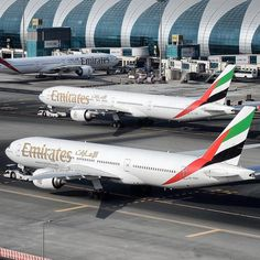 ➖➖➖➖➖➖➖➖➖➖➖➖➖➖➖➖➖ 🌍 Airlin Emirates A380, Emirates Airline, Airbus A380, Boeing 777, Airline Cabin Crew, Dubai Architecture, Airplane Photography, Civil Aviation, Flight Attendant