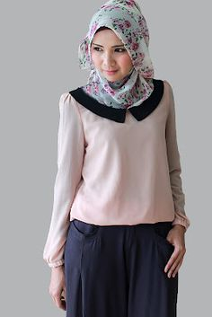 EDZ eightDesigns Malaysia's online shopping fashion blogspot | cardigan | shawl | tops | shoes Muslim Fashion, Ethnic Fashion, Modest Fashion, Hijab Fashion, Beautiful Hijab, Beautiful Outfits, Cool Outfits, Shawl Cardigan, Hijab Dress
