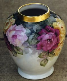 Thomas Ivory black porcelain vase hand painted with roses in full bloom, Antique Dishes, Antique China, Feng Shui Vase, Painted Vases, Hand Painted, Rose Vase, China Painting, Objet D'art, China Porcelain