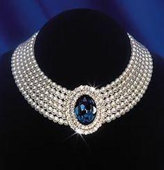 Perles et saphir pour la Princesse Diana