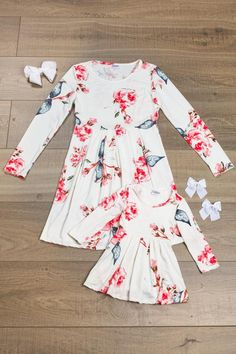 Child and Mommy dresses sold separately.Mommy & Me matching floral dresses are great quality and stunning! Can be worn as a dress or great as a tunic with some leggings! Little girls love to match their mommy! So on point with trends! Super stylish, yet so comfy! Includes the dress only. Retails for $30.00 each!