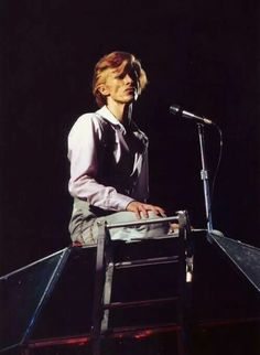 "vezzipuss.tumblr.com — David Bowie, Diamond Dogs"", Circa 74 〰️"