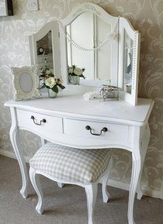Makyaj masası Tuvalet masası Tasarım ve Üretimi - ArchidecorsArchidecors