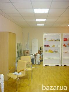 ул. Щербакова, офис 65 м.кв, 3 этаж, openspase, находится в административном здании, офисный ремонт, стеклопакеты, пол - линолеум, подвесной...