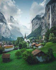 Falling in love with Switzerland! Best Places To Travel, Places To See, Europe Centrale, Nature Photography, Travel Photography, Destinations, Destination Voyage, Beautiful Landscapes, Travel Photos