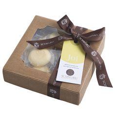 Lekre håndbakte kaker fra Sicilia med sitronkrem. #sitron #matgave #sicilia #olivino #julegave