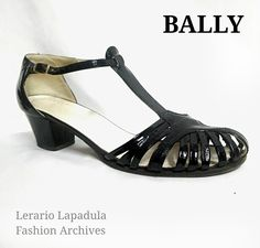 #BALLY 1967 ca  Fashion Archives Lerario Lapadula  #fashionmuseum #moda #fashion #vogue #shoes #love #60s #mid60s #designer #design #igersberlin #berlin #vintage #designer #vintageberlin #cute #amazing #instapic #instaberlin #lav #anni60 #fashionhistory #calzature #vintage