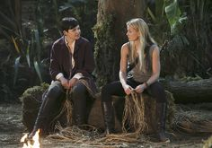 Once Upon a Time First Look: Hugs and Kisses in Neverland — Plus: Hook's Past Revealed