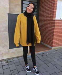 Untitled - Katharina Home Modern Hijab Fashion, Street Hijab Fashion, Islamic Fashion, Muslim Fashion, Casual Hijab Outfit, Hijab Chic, Casual Outfits, Fashion Outfits, Mode Adidas