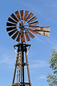 [prairie windmill for pumping well water] Farm Windmill, Old Windmills, Blowin' In The Wind, Le Far West, Water Tower, Old Farm, Country Farm, Le Moulin, Covered Bridges