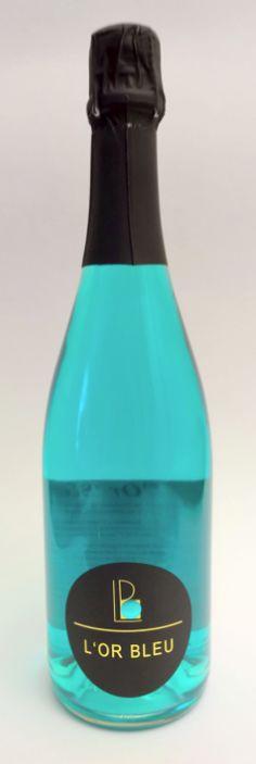 """L`Or Bleu, ( Flaschengärung ) """" EISBLAU und ELEGANT"""" anders als Champagner- mit Citrus und Bitterorange Nuancen. Frisch und Fruchtig - from Winescout7"""