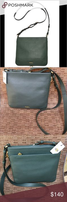 Fossil Hunter Green Preston Crossbody Fossil Hunter Green Preston leather Crossbody.  Brand new with tags.  Adjustable straps.  Lined interior.  Zipper feature all around. Perfect size and color for fall and winter. Fossil Bags Crossbody Bags